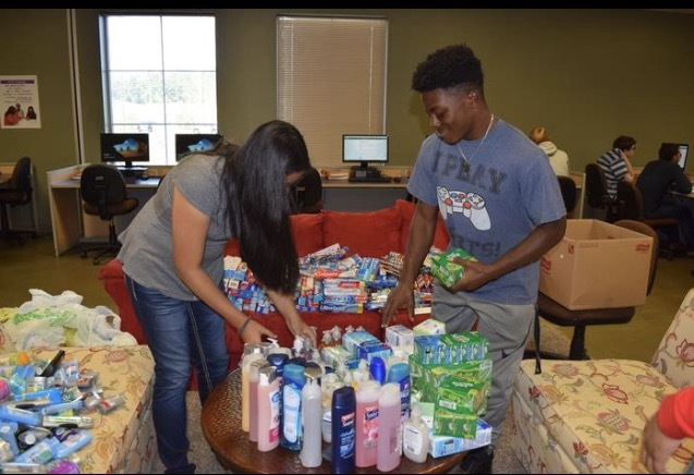EHS Students Aid Hurricane Victims