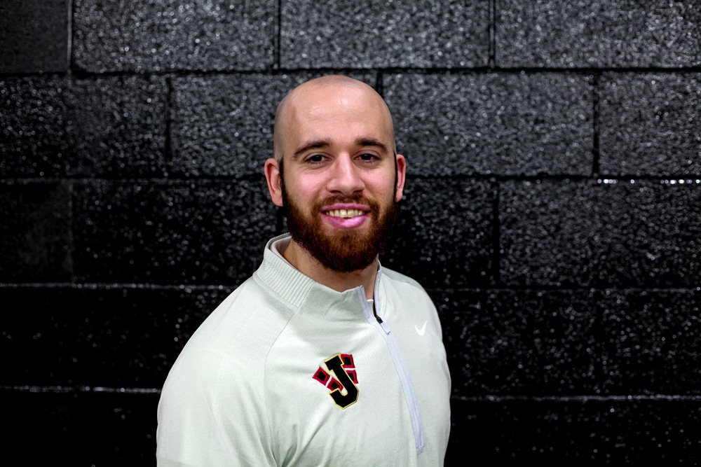 EHS Welcomes New Basketball Coach