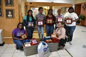 FCCLA Throws Cheer to Hudson Memorial