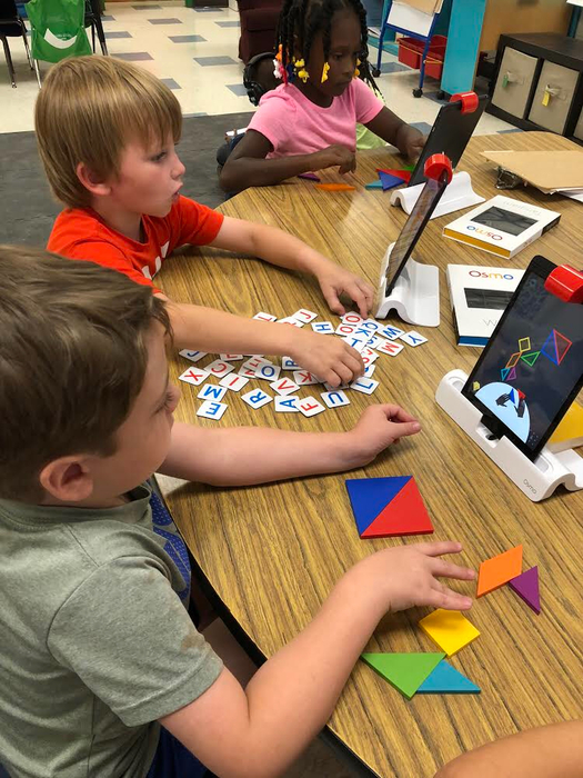 Kindergarten using Osmo